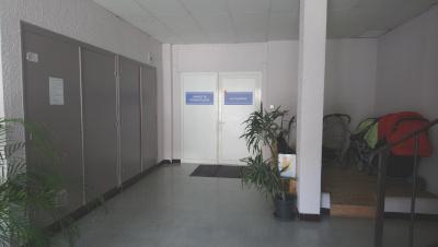 Exterieur - porte - cabinet rhumatologie Chorier